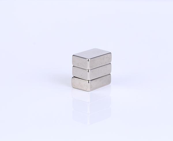 方形強磁鐵磁力效果
